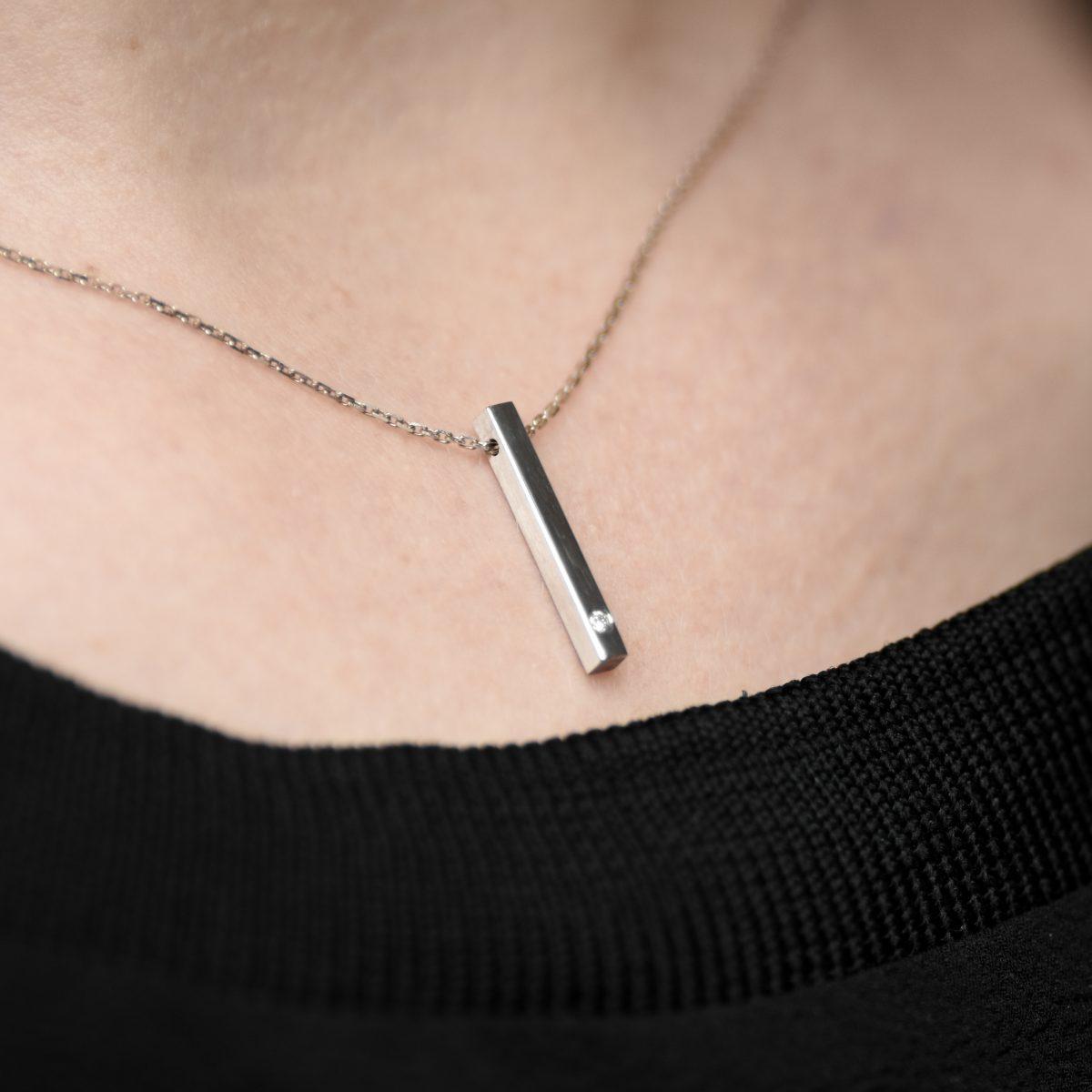 LINE BRILLIANT náhrdelník